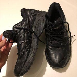 Black ASICS Sneaker size 7 NEVER WORN